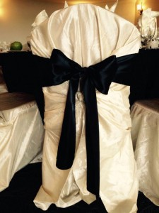 Ivory Taffeta chair covers with black sstin bows, How elegant !!!
