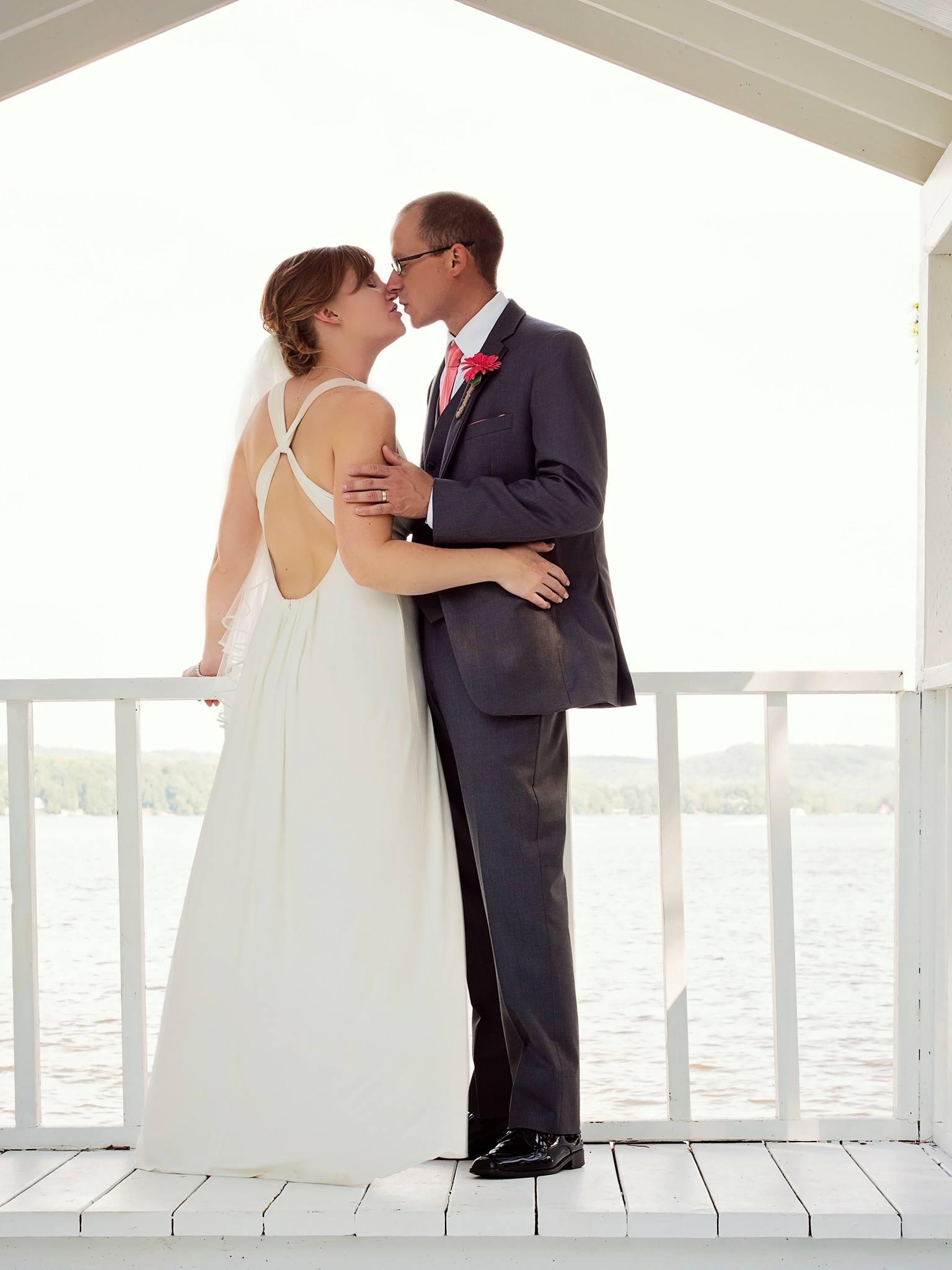 Breathtaking Wedding In Muskoka At Hidden Valley Resort