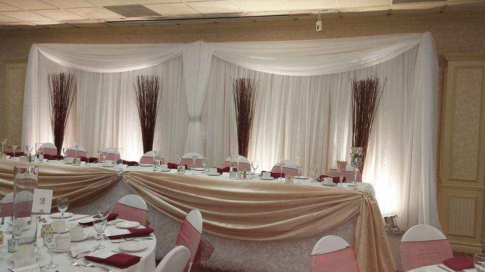 Pure Elegance Wedding Event Décor : Fabulous wedding at the holiday inn in peterborough on